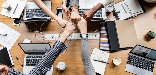 Como fazer parcerias no Instagram